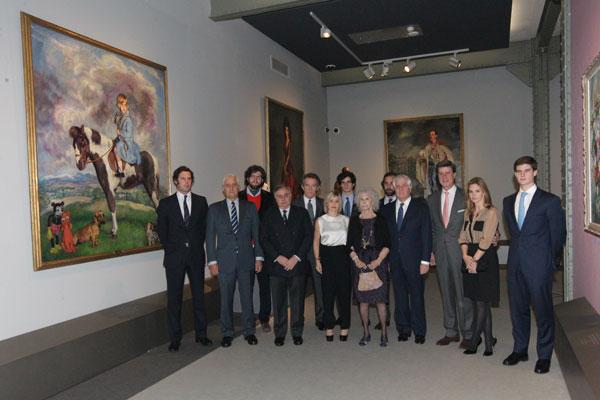 La duquesa de Alba y su marido, Alfonso Diez, con el la familia de la aristócrata