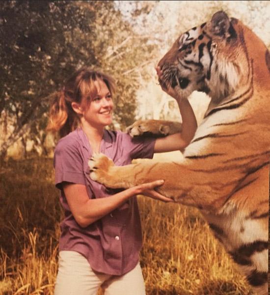 con-uno-de-sus-tigres-en-1979