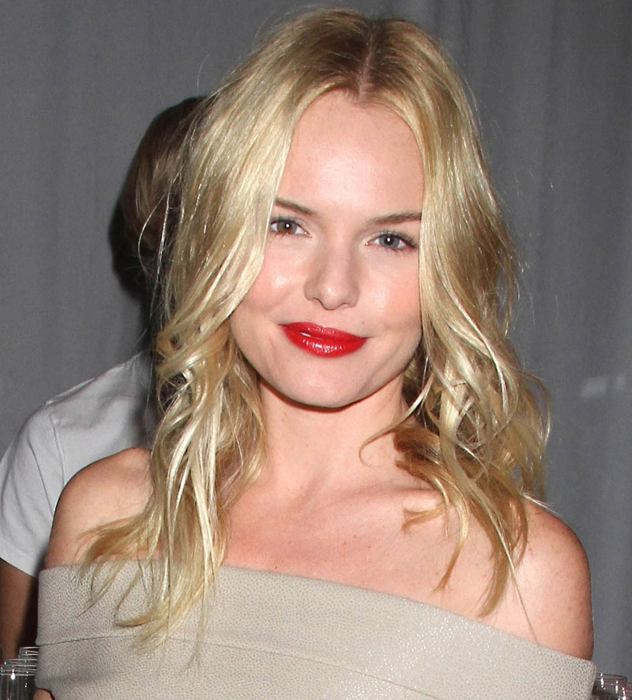 kate-bosworth-con-red-lips-nos-gusta-mas