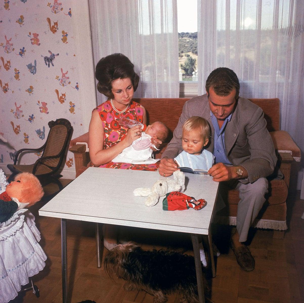 juan-carlos-y-sofia-padres-entregados