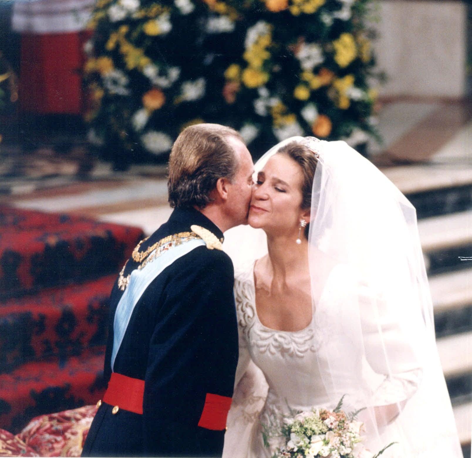 la-emocionada-felicitacion-del-rey