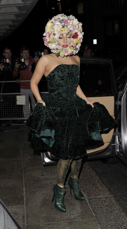 Lady Gaga y sus excéntricos (y sorprendentes) nuevos looks