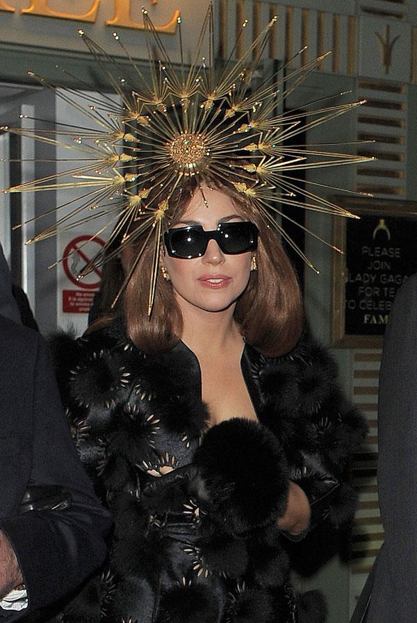 Tras su concierto en Barcelona, Lady Gaga presentó su perfume en Londres