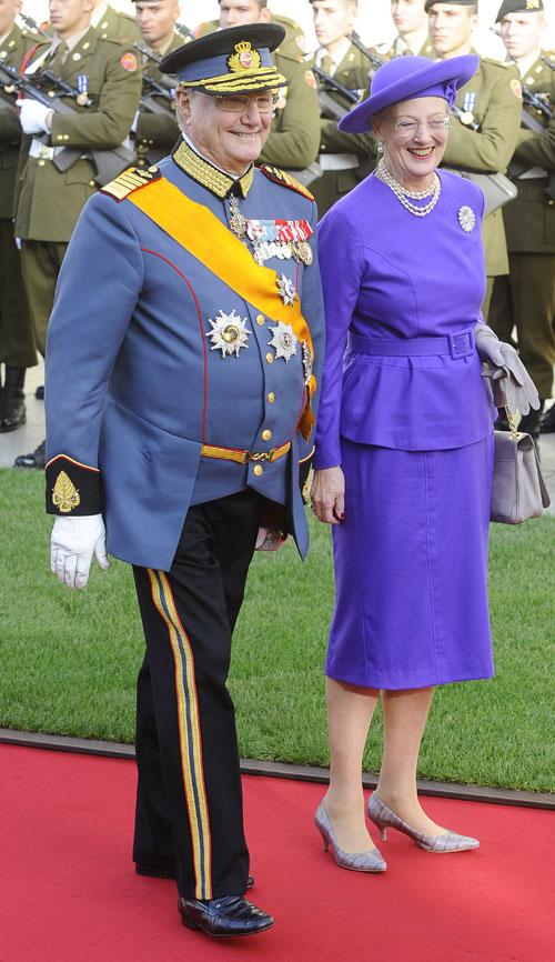 La reina de Dinamarca y su esposo