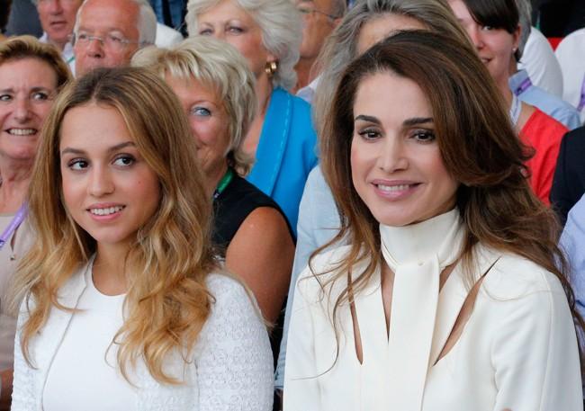 Rania y Imán, madre e hija que más bien parecen hermanas