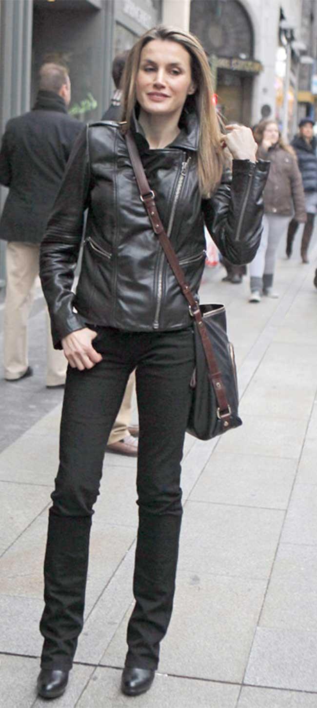 La Reina, con uno de sus looks rock&roll
