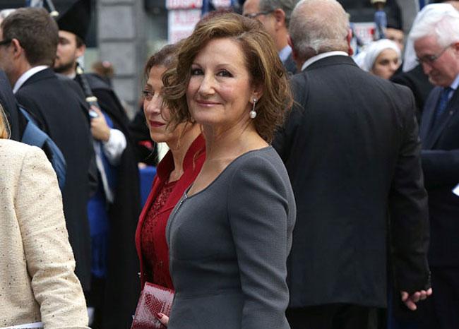 El cariñoso gesto de Paloma Rocasolano a Doña Sofía en los Premios Princesa de Asturias