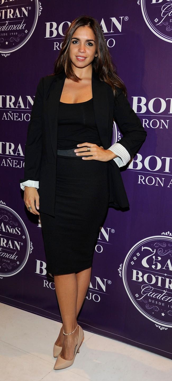 Elena Furiase, muy guapa y elegante con un look muy lady