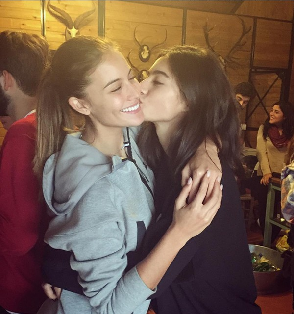 Con Desirée Cordero, su amiga de pasarela, que ha colgado en su Instagram esta foto de ambas