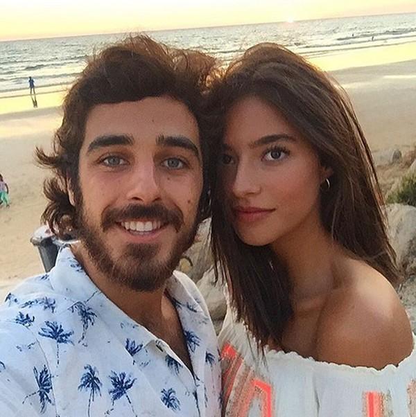 Con su novio, Jaime Soto, con el que lleva saliendo algunos meses