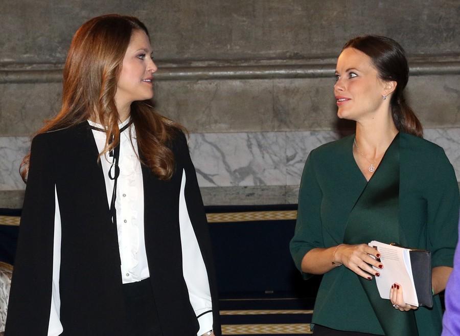 Las dos princesas acudieron al Foro Global de la Infancia en el Palacio Real de Estocolmo