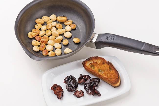 Judías verdes y patatas con salsa romescu