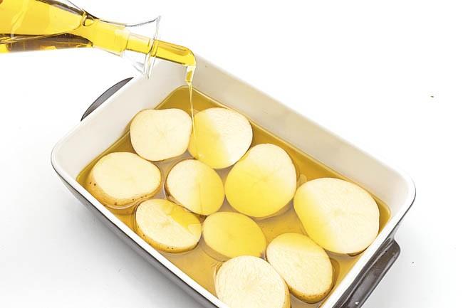 Cordero asado con las patatas de mi nieta