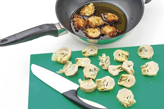 Alcachofas fritas con jamón