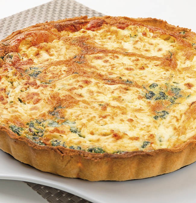 Quiche de espinacas y queso camembert