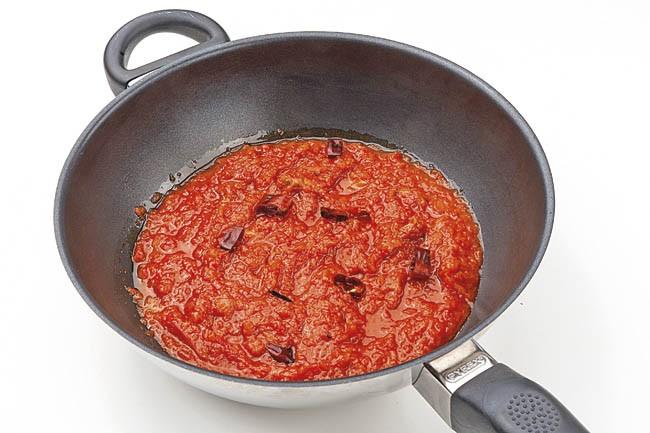 Quinoa con salsa puttanesca