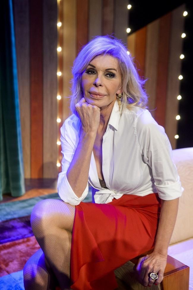 Bibiana Fernández  triunfa en el  teatro  con 'El amor esta en el aire'