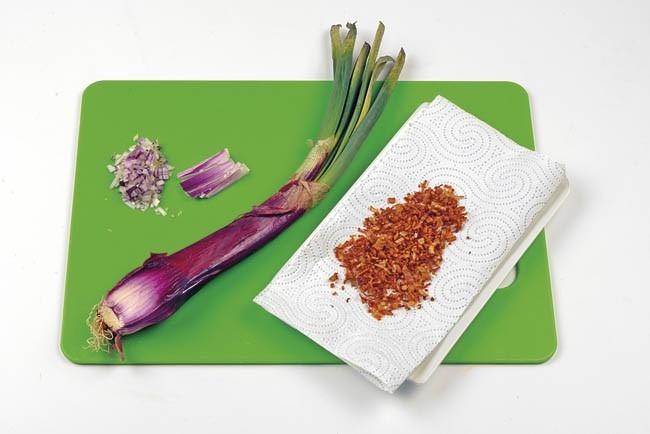 Alcachofas con cebolleta crujiente