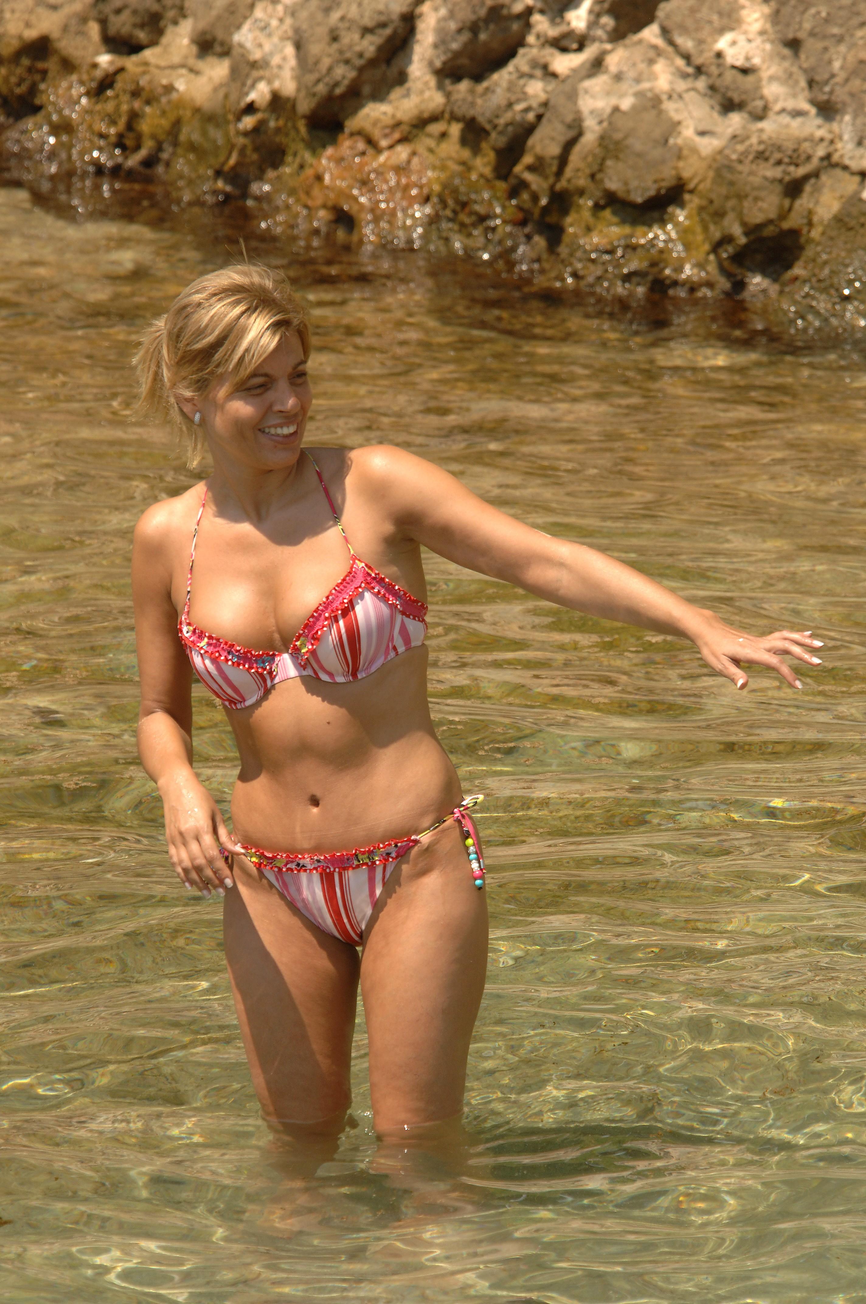 espectacular-en-bikini