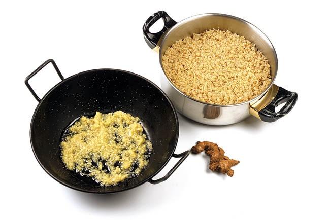 Curry de gambas y mango con quinoa