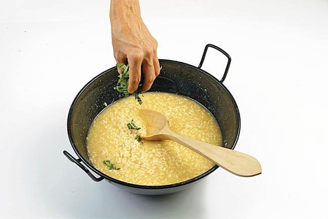Risotto de coliflor y pak choi