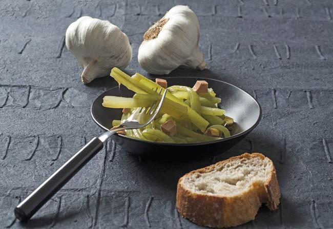 Borrajas en salsa con foie gras