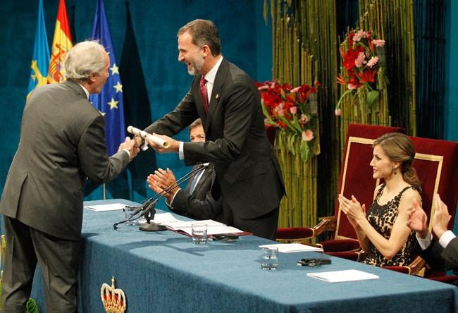 los-reyes-entregan-los-premios-princesa-de-asturias