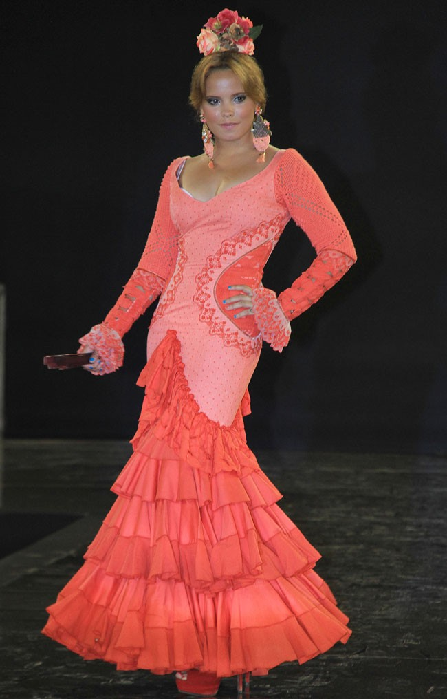 Demostró su afición por la moda flamenca durante un desfile benéfico que tuvo lugar en el Puerto de Santa María en Cádiz en 2015.