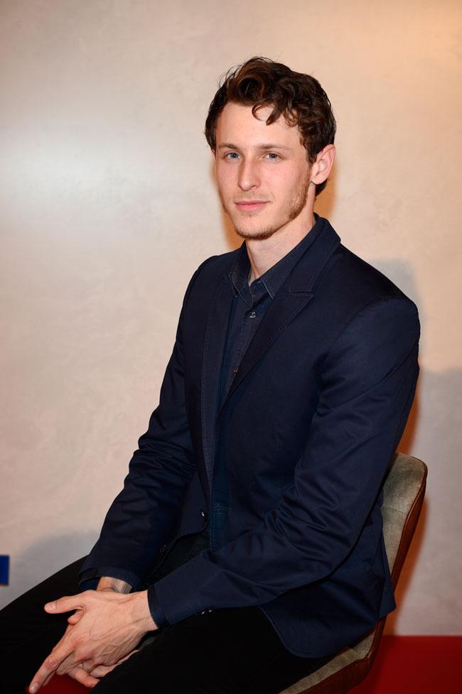El joven actor es hijo de José Coronado y primo de la recién fallecida Bimba Bosé.