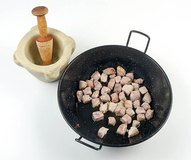 Arroz caldoso con cerdo y calamar