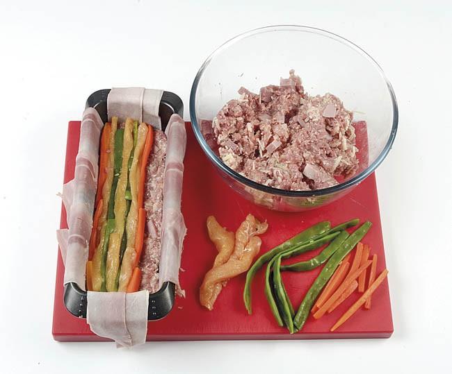 Pastel de carne y pollo