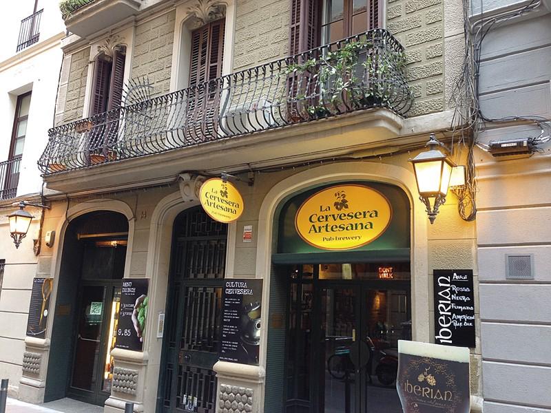 La Cervesera Artesana, en el barrio de Gràcia.