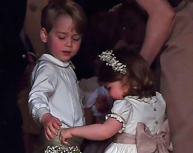 George y Carlota de Cambridge lucen moda española en la boda de su tía