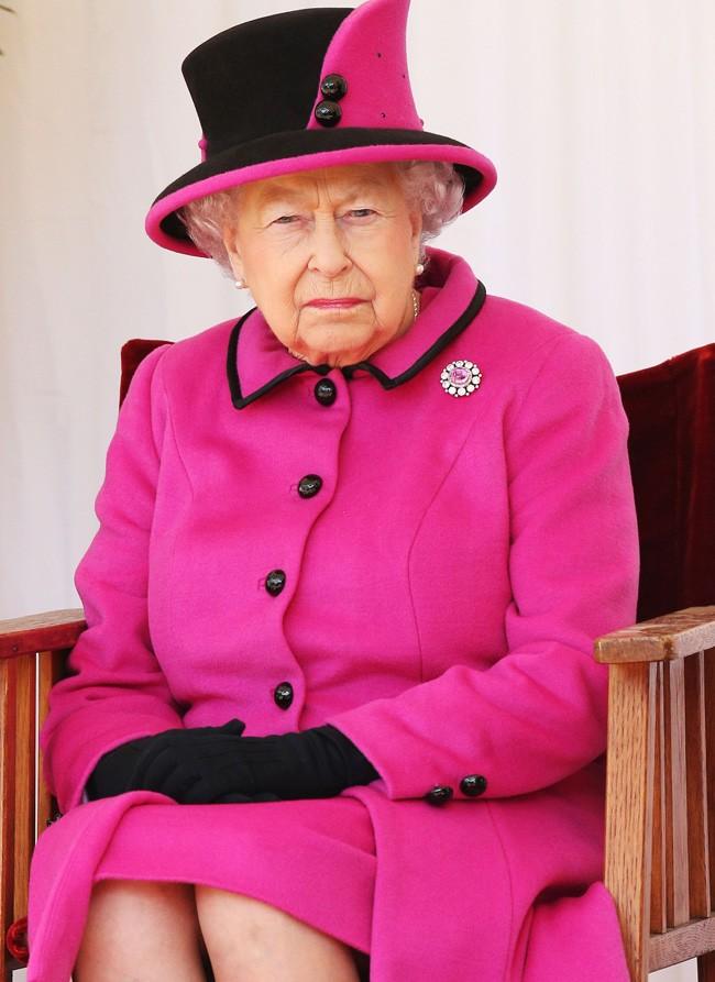 Aparentemente, la reina Isabel II no tiene ningún problema de salud. Tampoco su marido.