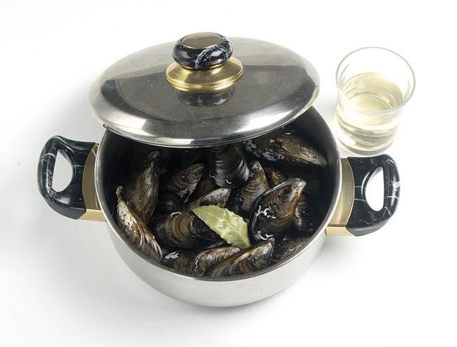 Mejillones al vapor con vinagreta templada
