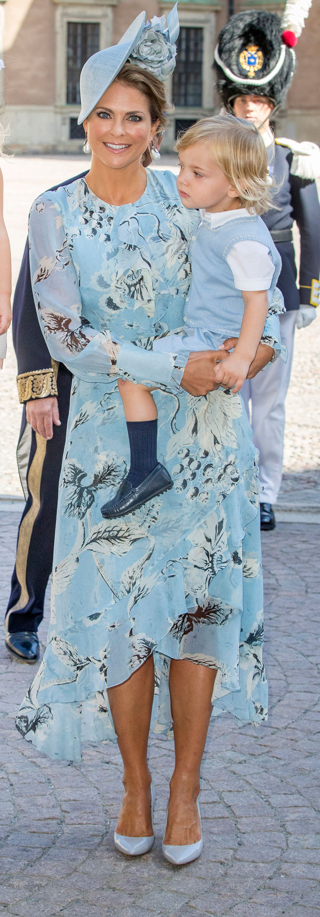 magdalena-de-suecia-en-azul