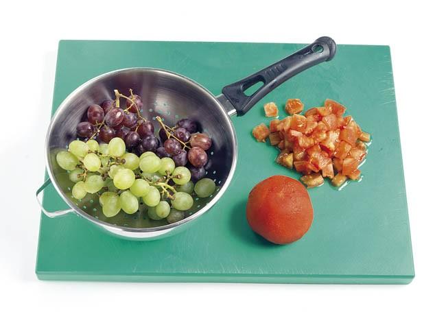 Berros con uvas y queso