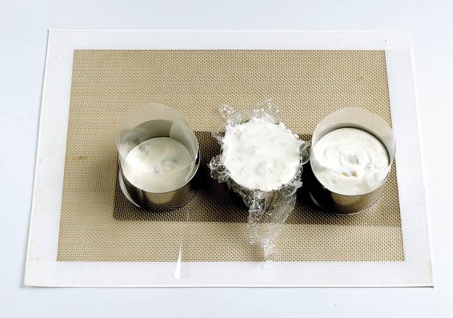 Semifrío de yogur y frutos secos