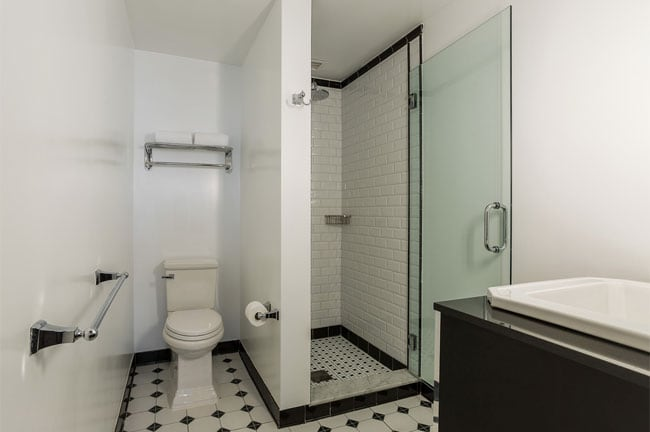cuartos-de-banos-espaciosos