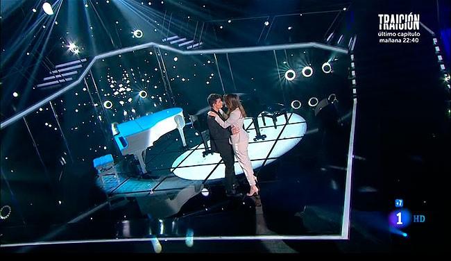 un-baile-sobre-el-escenario