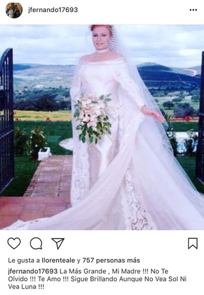 fotos-de-la-boda-de-su-madre