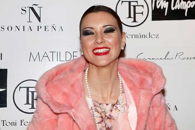 María Jesús Ruiz Plantón Y Desnudo En Un Fin De Semana
