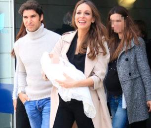 Eva González y Cayetano Rivera presentan a su primer hijo