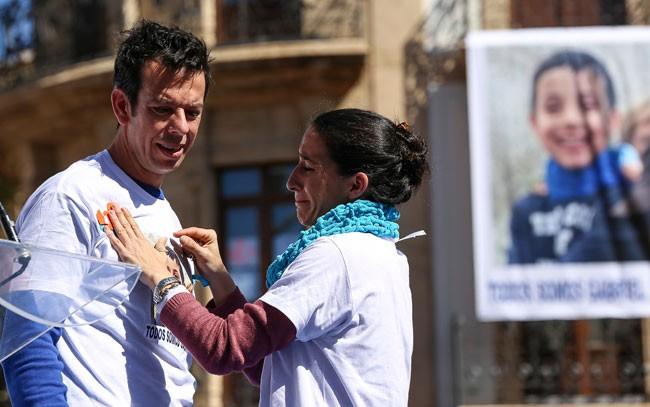 De Los Famosos Gabriel Su Y Con La Solidaridad Muestran Dolor Familia PXuOTZik