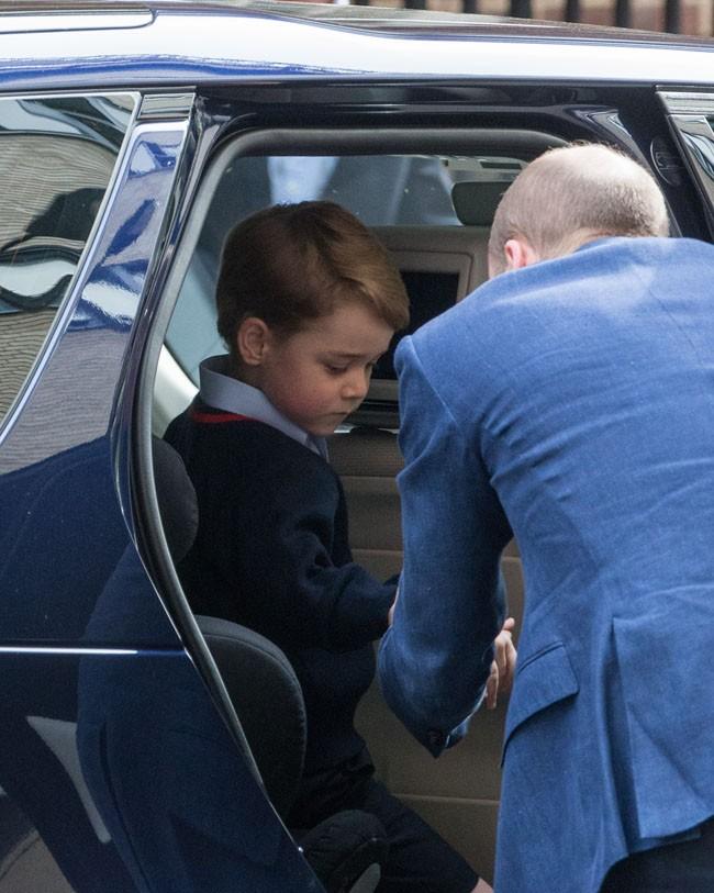 el-principe-george-a-punto-de-conocer-a-su-nuevo-hermano