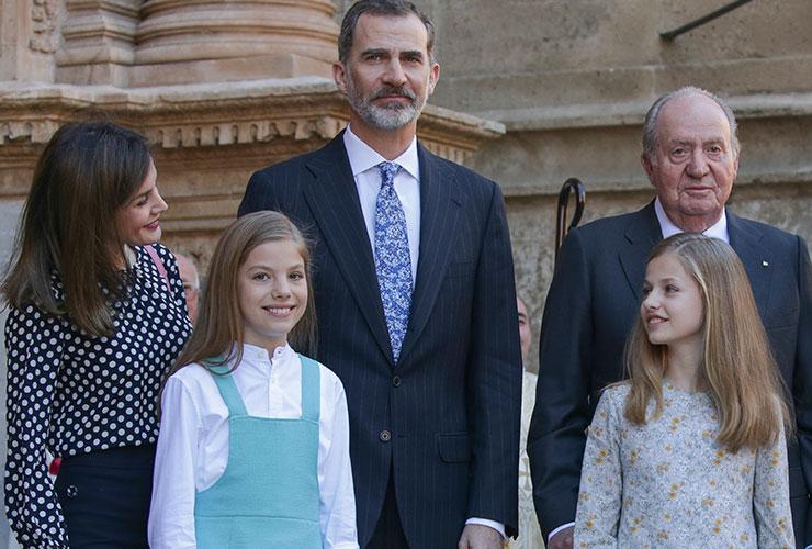 la-familia-real-ha-posado-para-la-prensa