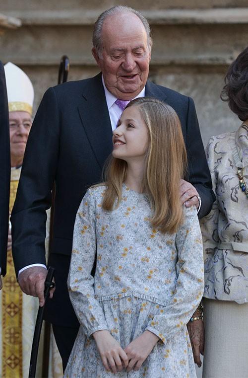 el-rey-emerito-se-ha-mostrado-especialmente-carinoso-con-sus-nietas