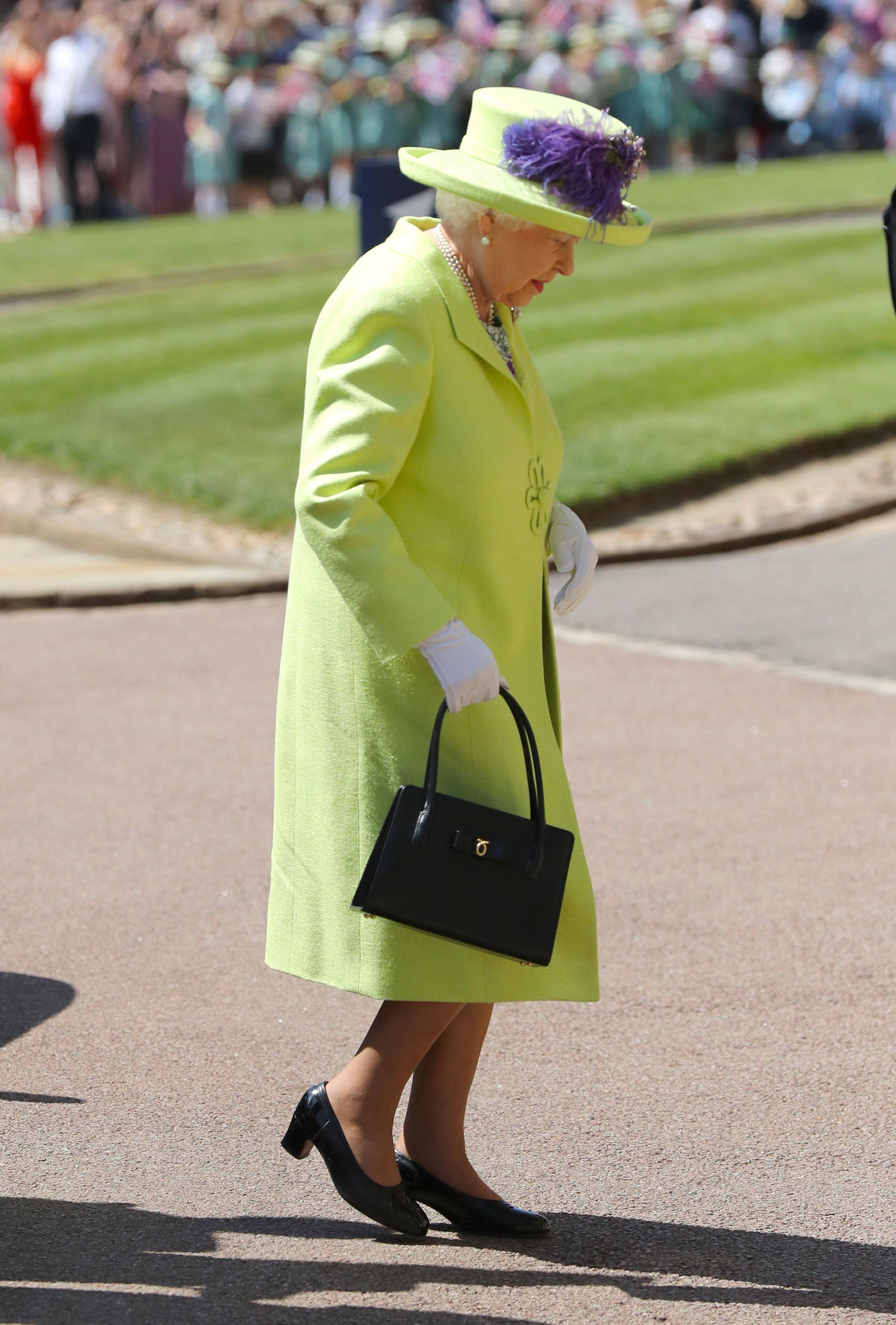 la-soberana-britanica-de-verde-menta