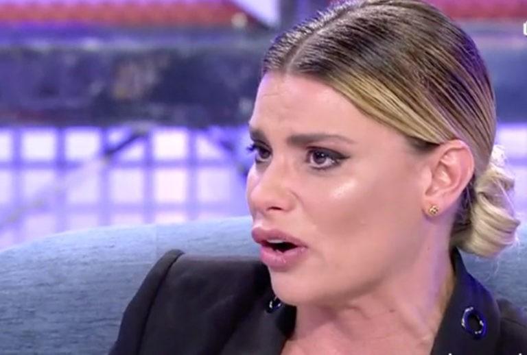 María Lapiedra carga contra Mark Hamilton y le culpa de su fracaso en 'Supervivientes'
