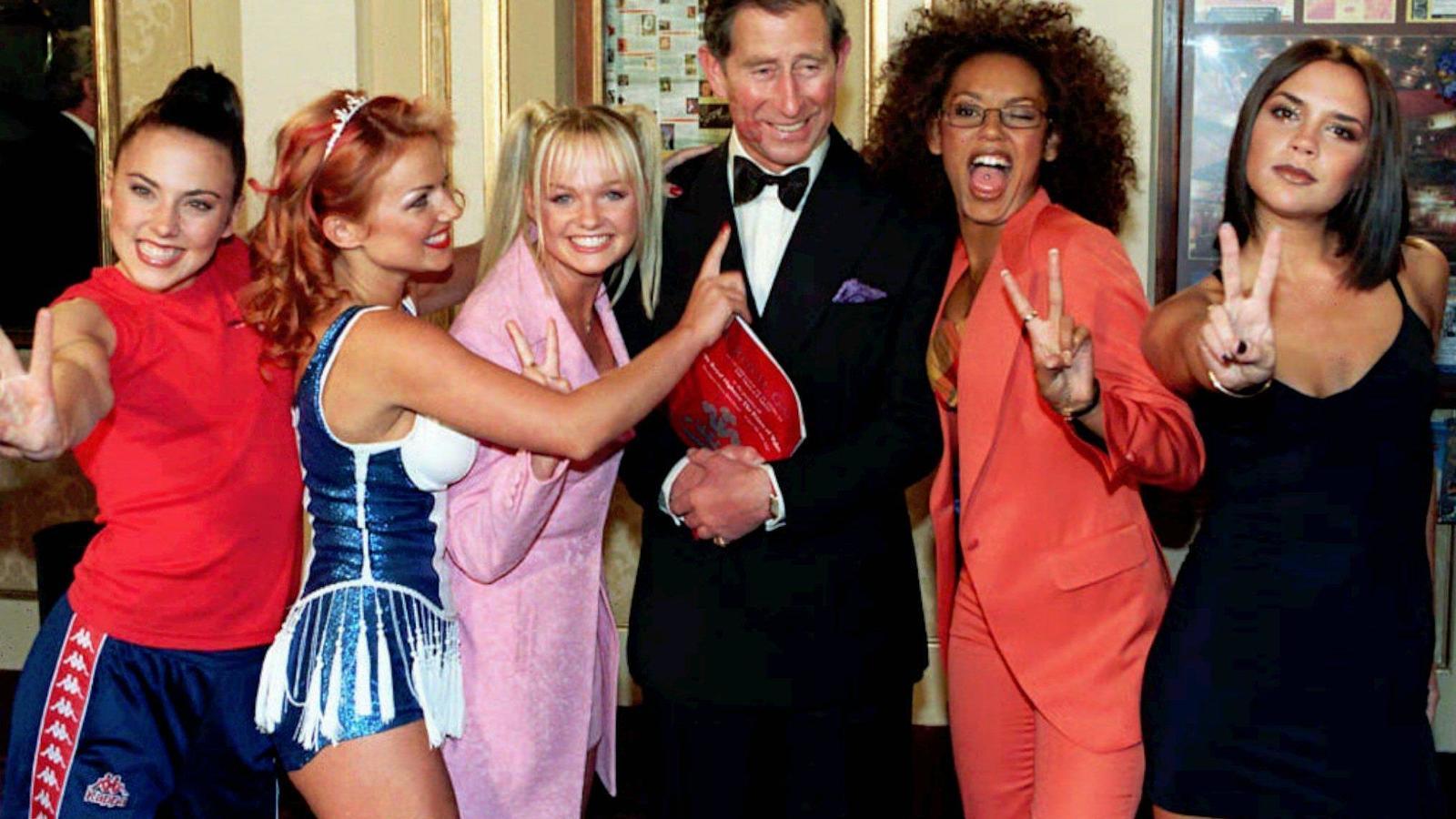 las-spice-girls-siempre-han-tenido-una-relacion-especial-con-la-corona-britanica